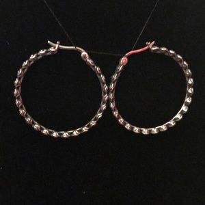 """Sterling Silver Gathered Rose 1-1/4"""" Round Hoop"""